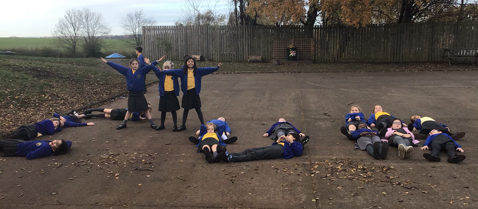 Year 4 taking Maths Outside