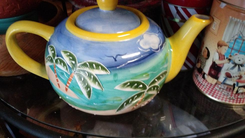 Style Eyes Tea Pot
