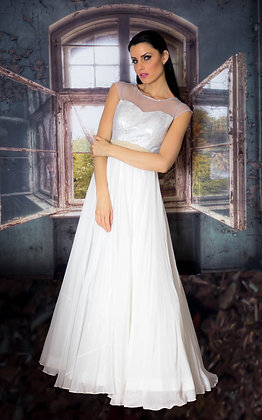 White tulle gown with brocade bodice