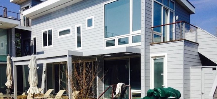 Bayfront home painted by Bob