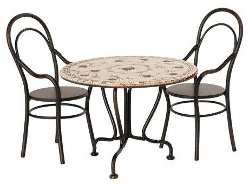 Maileg - runder Tisch mit 2 Stühlen