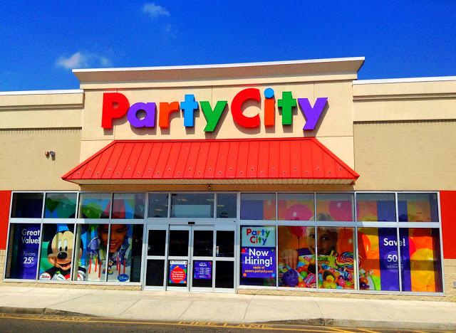 Faça uma festa na Party City