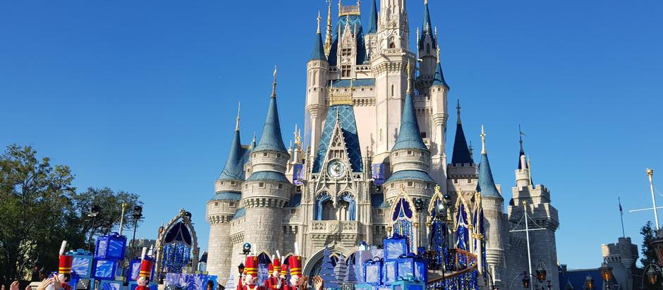 Disney suspende reservas de restaurantes e agendamento de fastpass