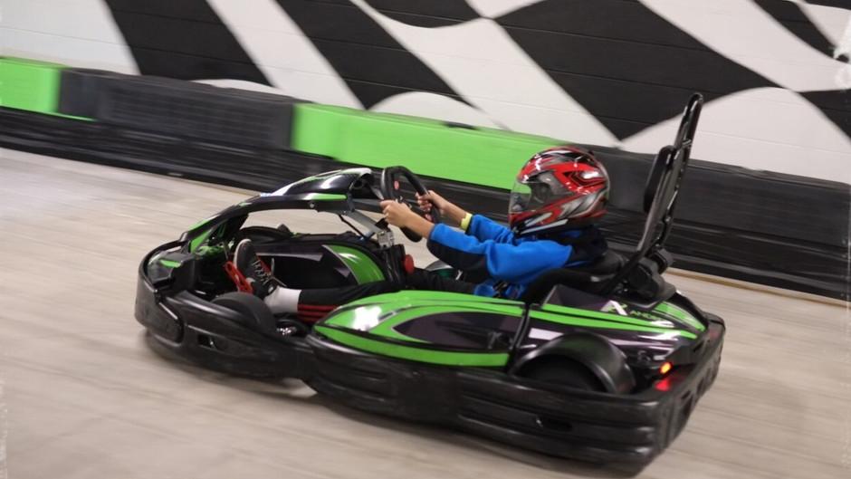O divertido Andretti Indoor Karting & Games