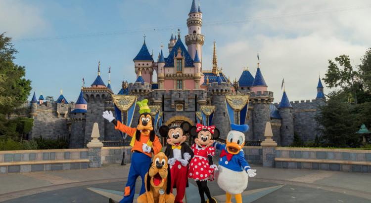 Disney planeja reabrir parques da Califórnia em 17 de julho