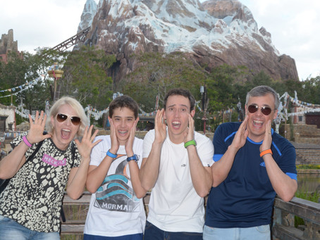 A adrenalina sobe na Expedition Everest