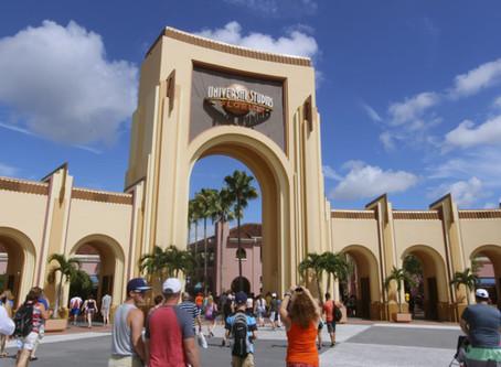 Universal estende fechamento temporário até 19 de abril