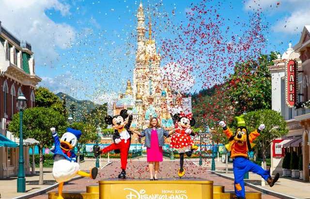 Parque da Disney de Hong Kong reabre as portas após 5 meses fechado