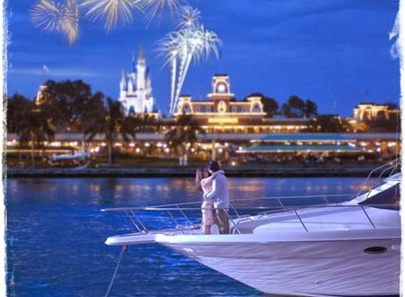 Um romântico passeio de iate na Disney