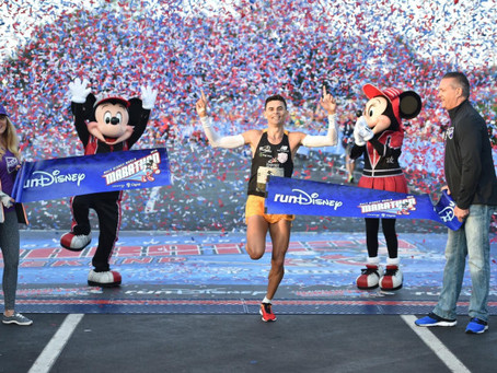 Fredison Costa conquista o público na Disney Marathon