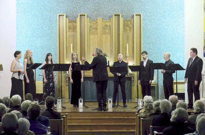 REVIEW: SONG COMPANY TRIUMPHS OVER DIFFICULT WORKS