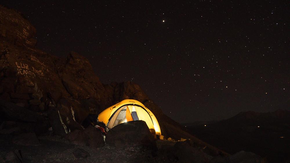 Nuit au campement du misti / Aventures et création de contenu photo unique