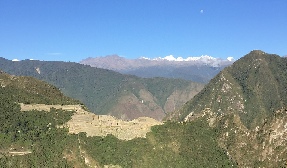 PAnorama depuis le Mont Putukusi sur le Machu Picchu, sommet en randonnée au pérou
