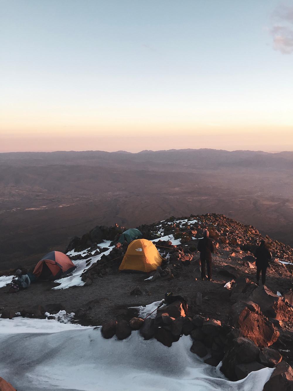 Sunset view on the Misti Volcan Bivouac / Coucher de soleil depuis le bivouac sur les pentes du volcan Misti près d'Arequipa au Pérou