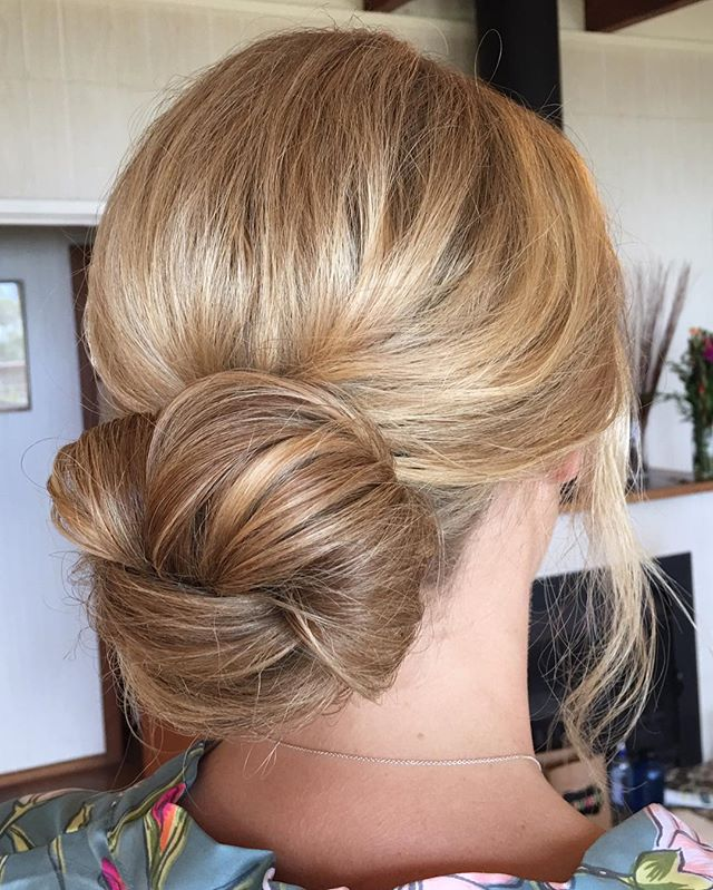🌸 BRIDESMAID BUNS🌸 blonde and big and