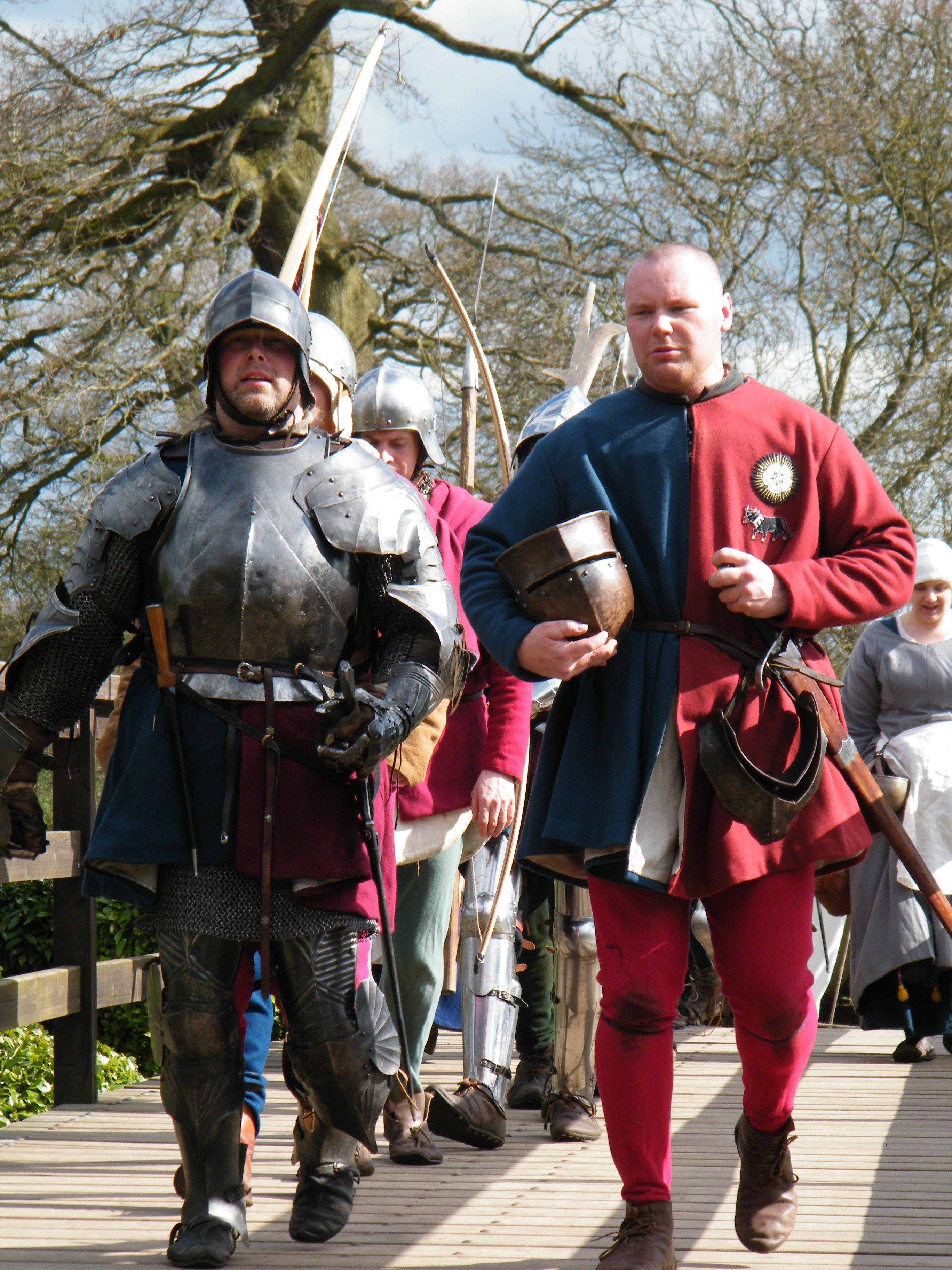 Warwick troops