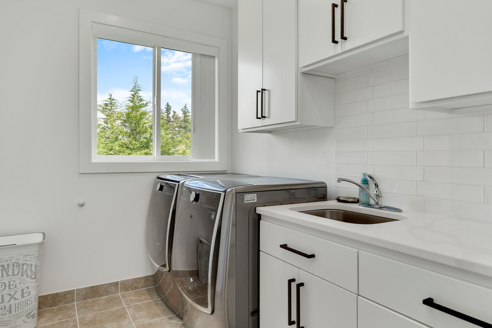 Laundry Room Furnished
