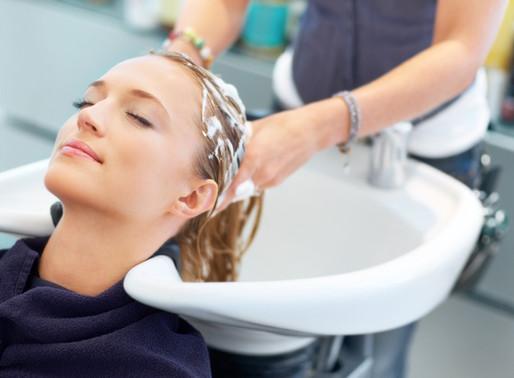 4 Rutinas para cuidar tu peluca de cabello natural o sintético
