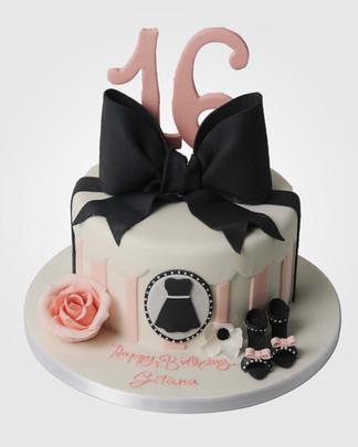 Fashionista's 16th Cake CL8182.jpg