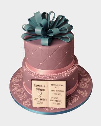 Bow Cake CL8859.jpg