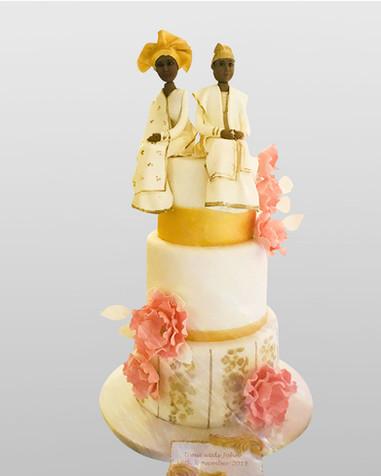 Traditional Wedding Cake AFC3585.jpg