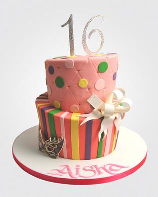 16th Birthday Cake CL9675