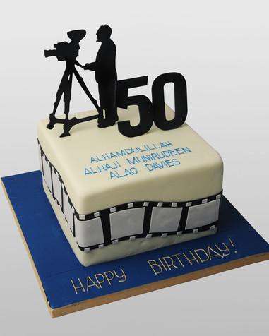 Videographer Cake CM1823.jpg