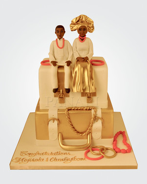 Golden Couple Wedding Cake AFC7932.jpg