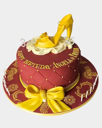 Gold Shoe Cake HG2322.jpg