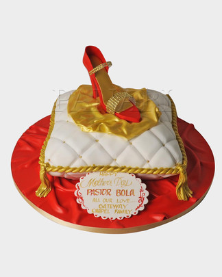 Red Shoe Cake HG7390.jpg