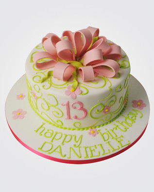 Bow Cake CL3926