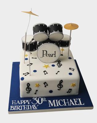 The drummer Cake TP2367.jpg