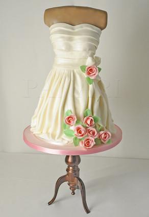 Dress Cake CL4942