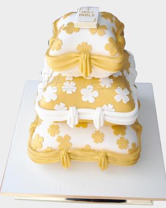CUSHIONED WEDDING CAKE WC8396.jpg