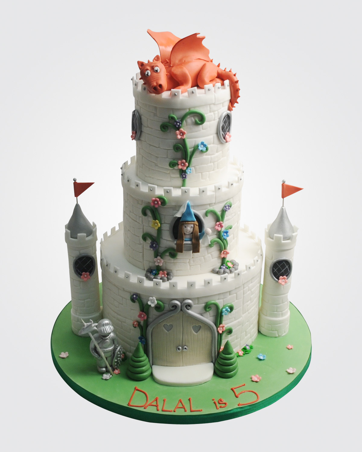 Dragon Castle cake PR2169