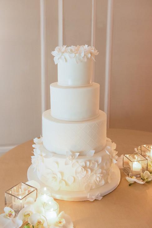 Simple White Wedding Cake WC202011