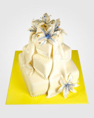 Lily Wedding Cake WC0076.jpg