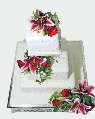 Lily Wedding Cake WC0018.jpg