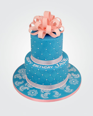 Quilted Bow Cake CL5646