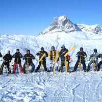 Snowbike Group Shot (250)
