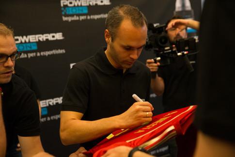 Andres Iniesta Powerade Meet & Greet