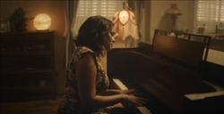 Norah Jones - Carry On