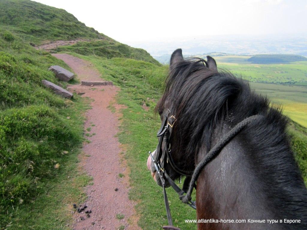 Конные туры в Великобритании. Уэльс.