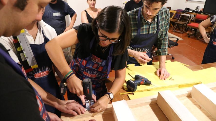 Team building construcionista com atividades manuais