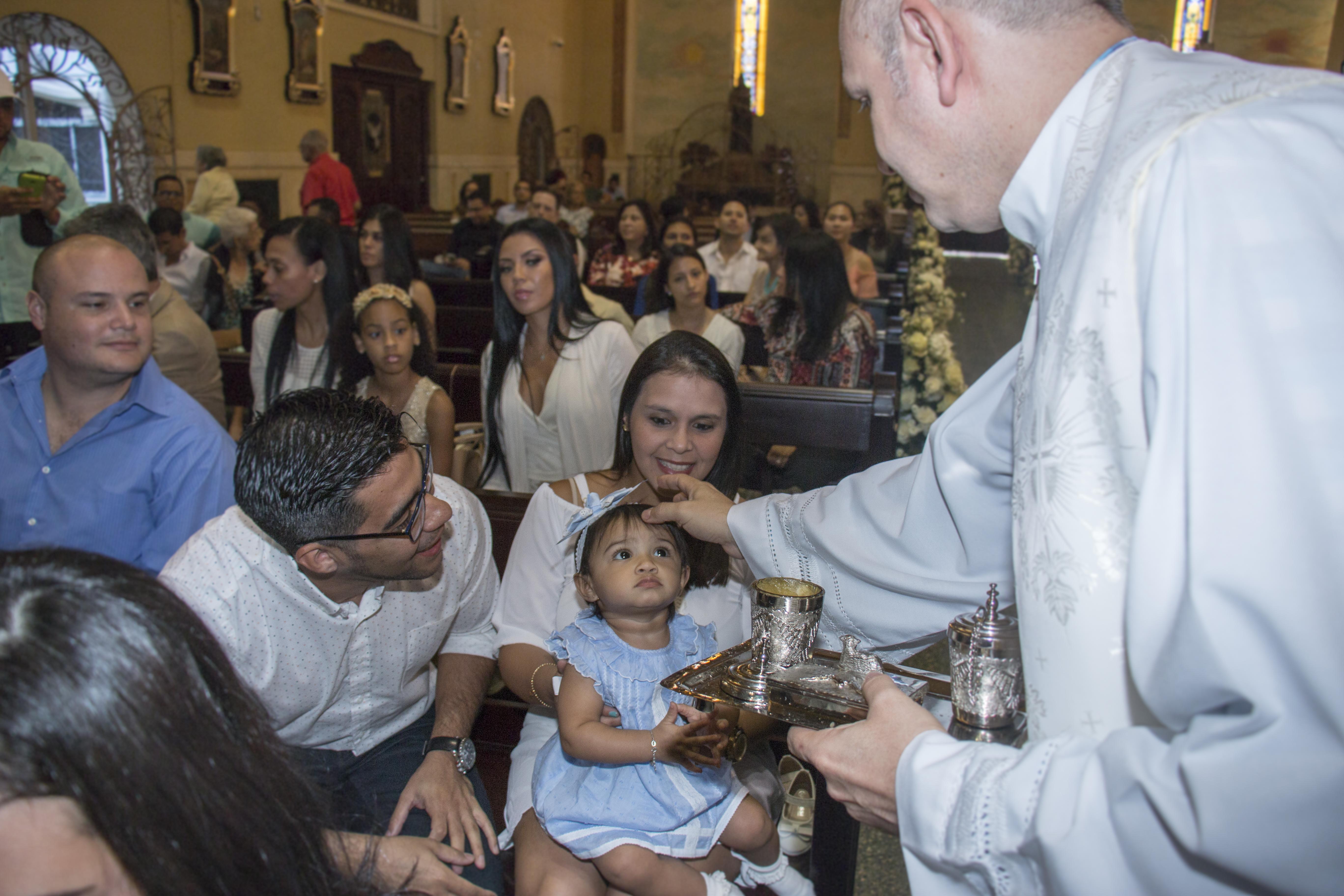 Bautizo Carlota Santuario Panamá