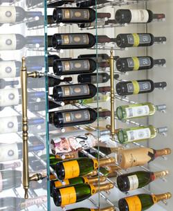 Détail de la cave à vin
