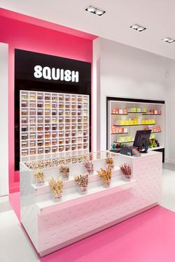 SQUISH_Boutique3_LR