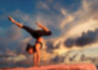 yoga-2116093_1920.jpg