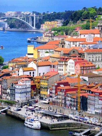 Porto-old-town-and-river-Douro-cropped-x