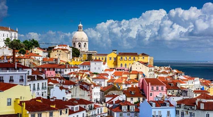 APPLYING FOR RESIDENCE IN PORTUGAL